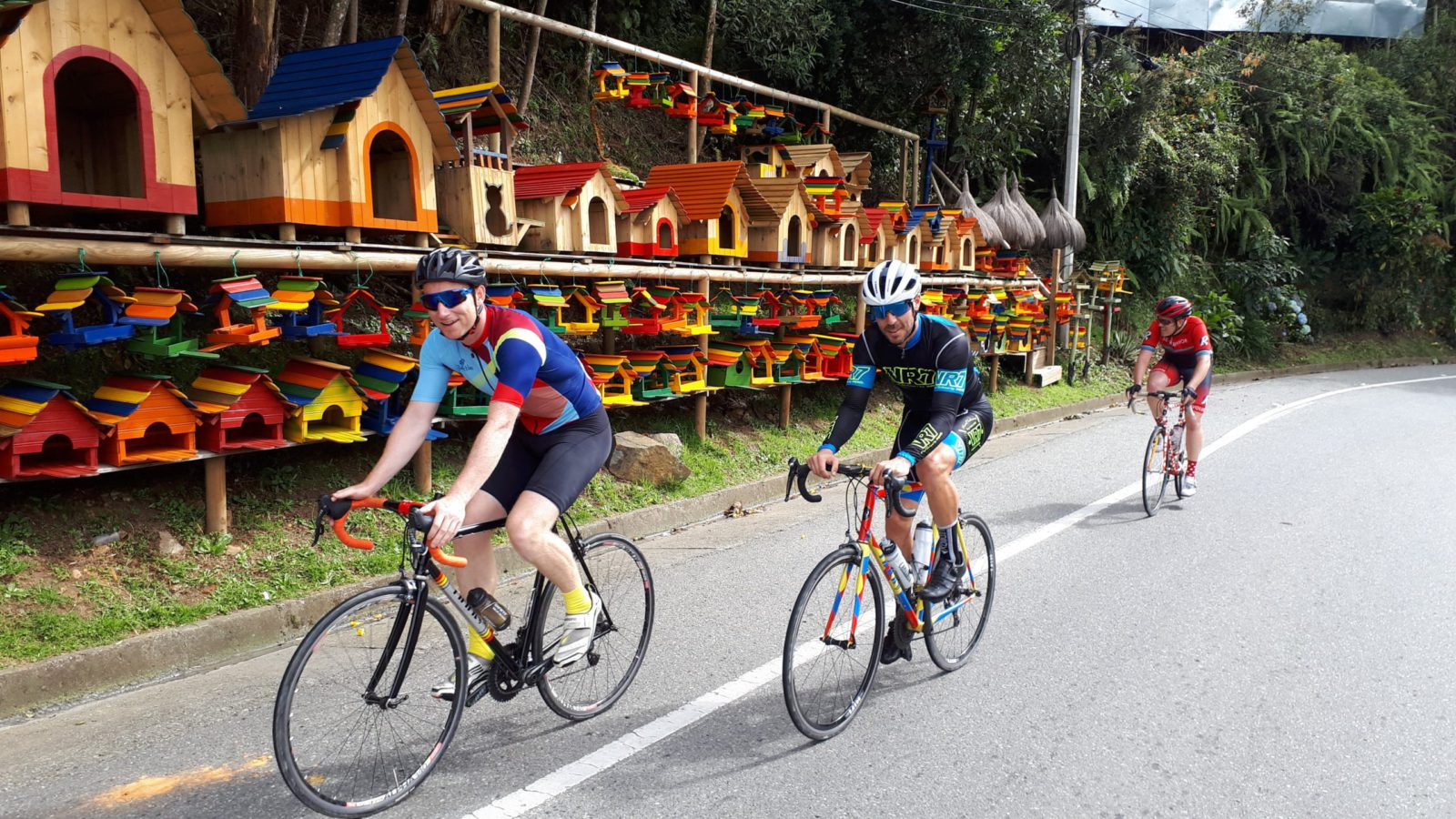 Cycling_Medellin_Colombia_Cycling